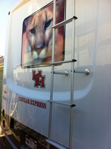 TAILGATER'S DREAM!  COUGAR-THEMED RV - GO COOGS!!!!  2012 COACHMEN MIRADA